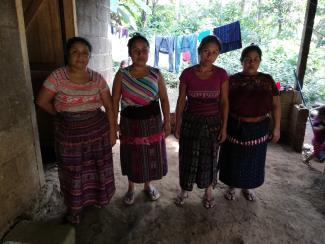 Mujeres Chuisianto No. 10 Group