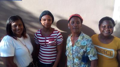 Mujeres De Exito 4 Group