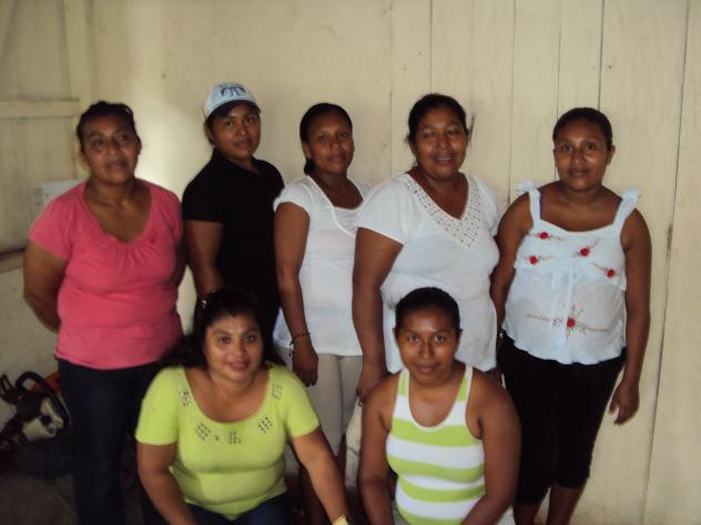 Banco Mujer Camino Al Sol Group