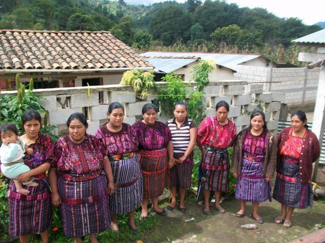 Femenil Group