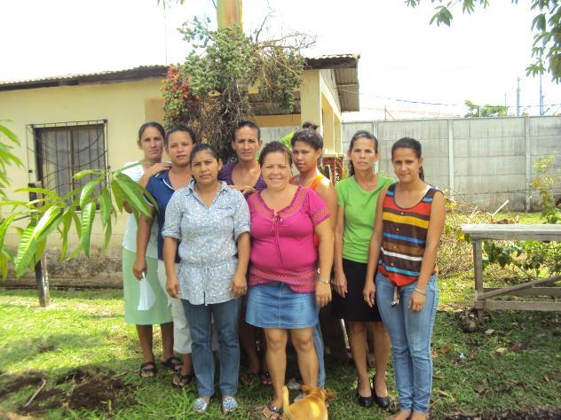 Banco Mujer En Busca Del Exito Group