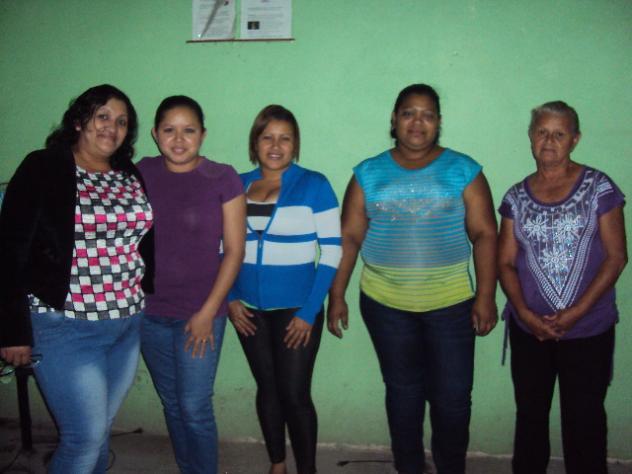 Banco Mujer Las Hijas Del Rey